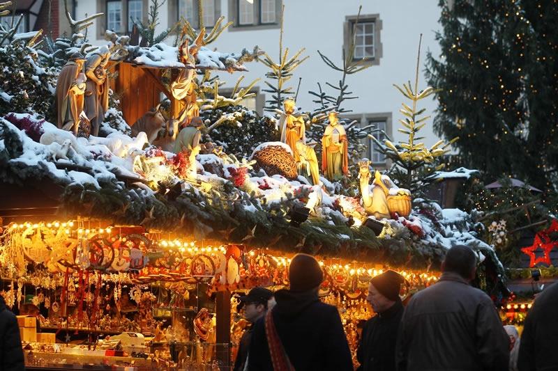 Weihnachtsmarkt Stuttgart - Budendeko