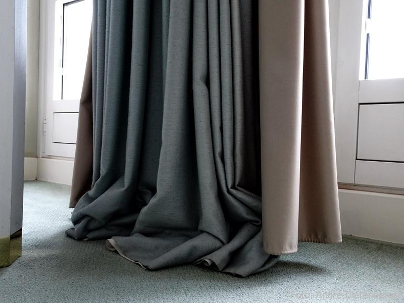 Grandhotel Petersberg - zu lange Vorhänge