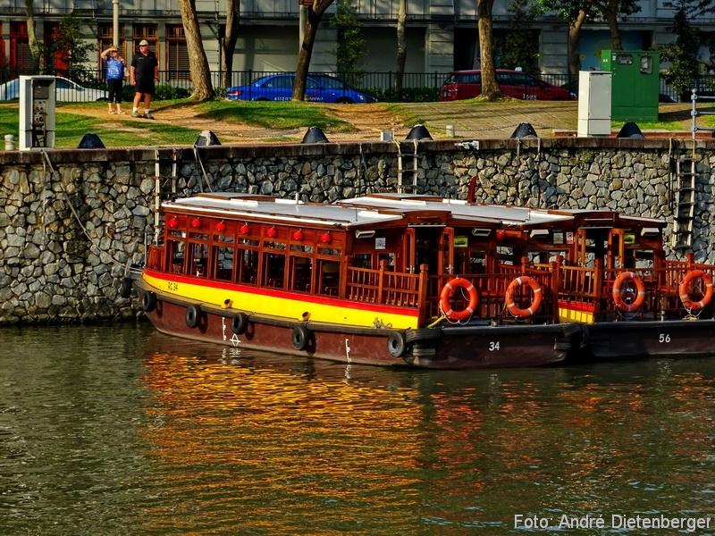 Singapore - River Cruise