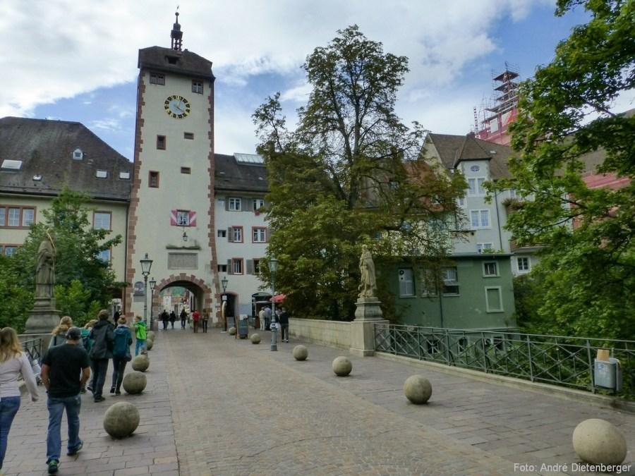 Oberes Tor (Schaffhauser Tor) - Außen mit Brücke