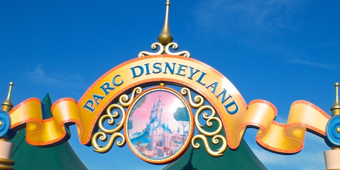 Reisebüro Leurs im Disneyland