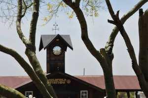 Turmuhr des Bahnhofs von Goldfiel