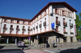 Hotel_Ayestaran_Außenaufnahme