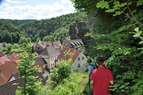 Wander_Felsen_FränkischeSchweiz2