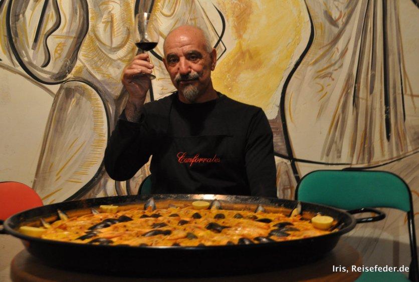 Paella im Keller der Familie Moreno Gomez