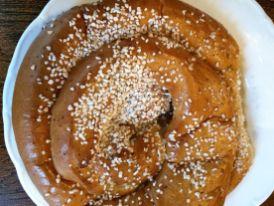 Die größten Zimtschnecken Schwedens gibts im Café Husaren in der Haga Nygata
