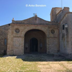 Der weite Blick belohnt für den steilen Aufstieg auf den Puig de Maria