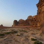 Jordanien: Wandern durch die Wüste