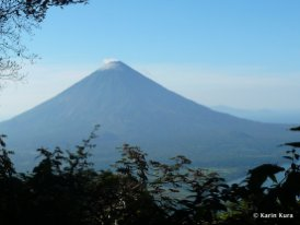 nicaragua-see-vulkan-concepsca%c2%b3n-insel-ometepe