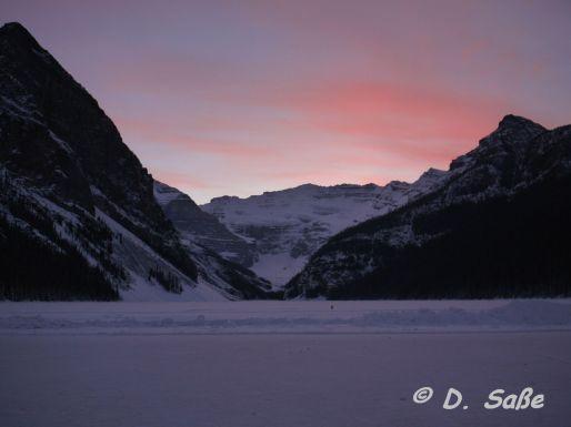 Sonneuntergang über Lake Louise, Albertaake Louise, Alberta