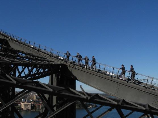 Ameisten auf dre Brücke