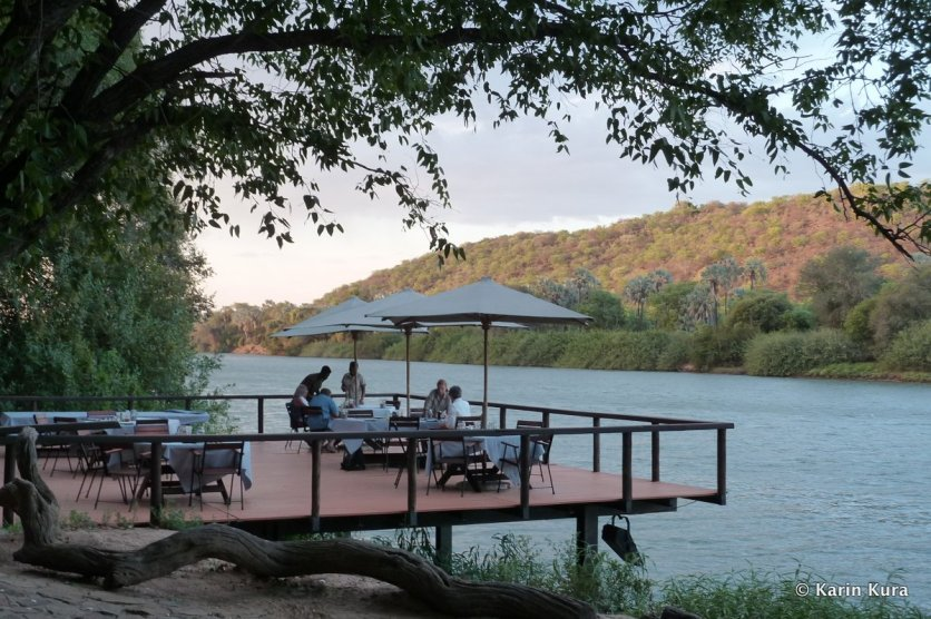 Lodge am Kunene River. Karin Kura