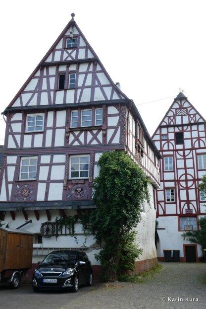 Altes Rathaus und Fährhaus Pünderich. Karin Kura