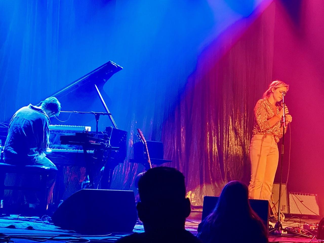 På konsert med Frida Ånnevik