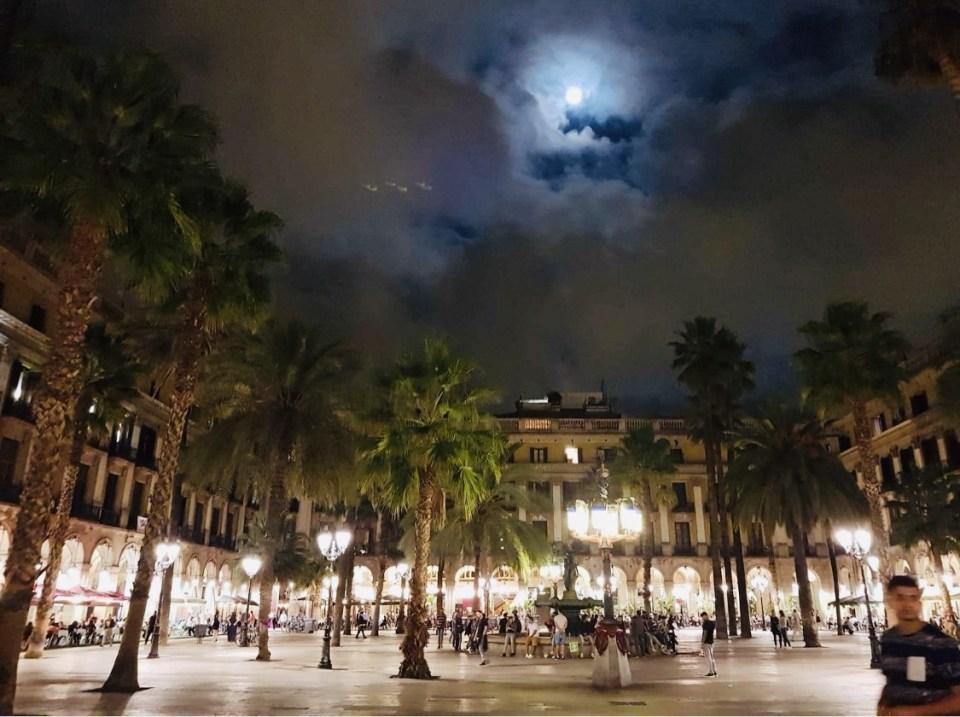 Barcelona PLaza Reial