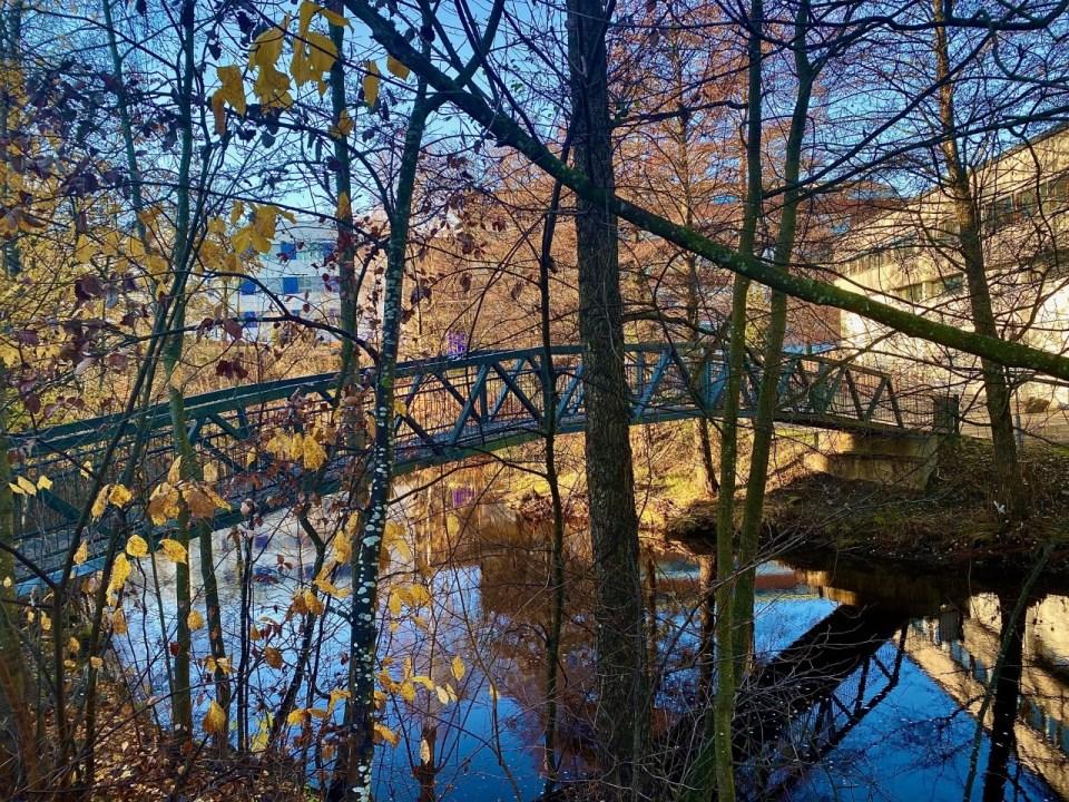 Bro over Lysakerelva