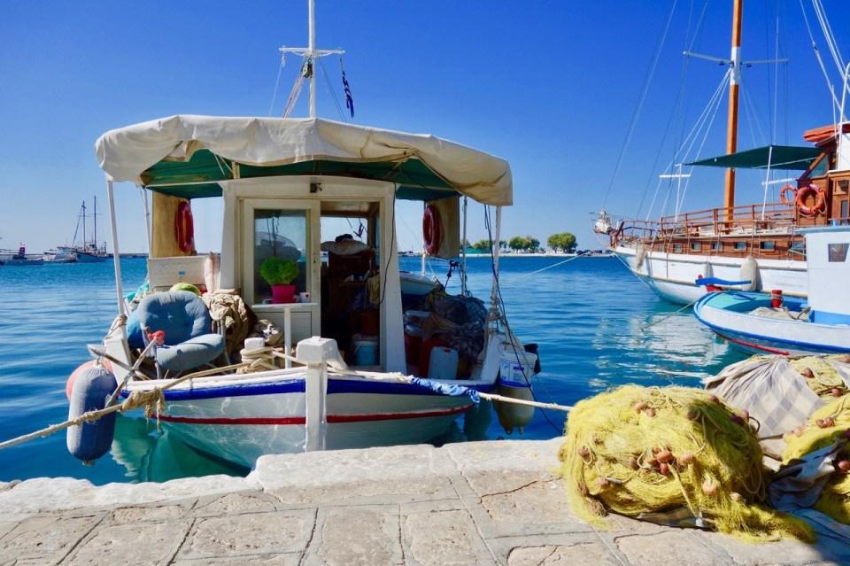 Båt ved kaia påSamos