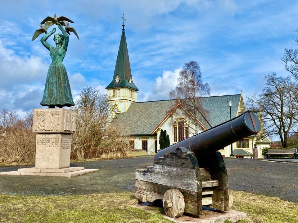 Grimstad kirke