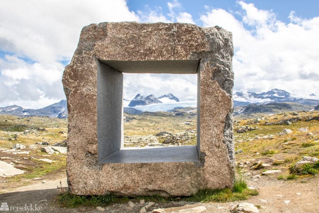 Skulptur av Knut Wold_Mefjellet