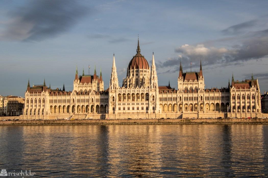 Det ungarske parlamentet i Budapest