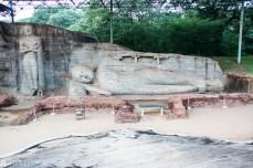 Anuradhapura - lying Buddha