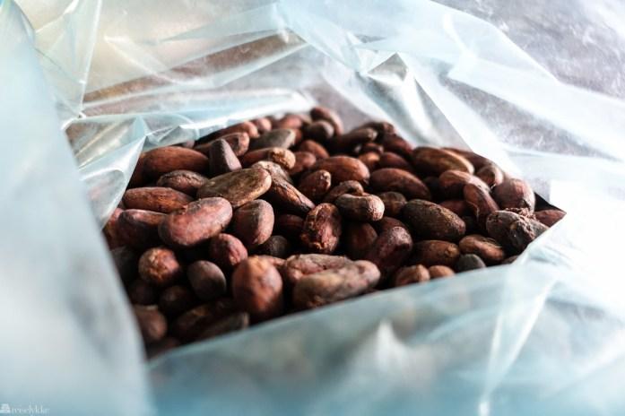Det dyrkes kakobønner og produseres sjokolade til blant annet te