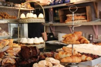 Franske fristelser hos Le Petit Café i Haga