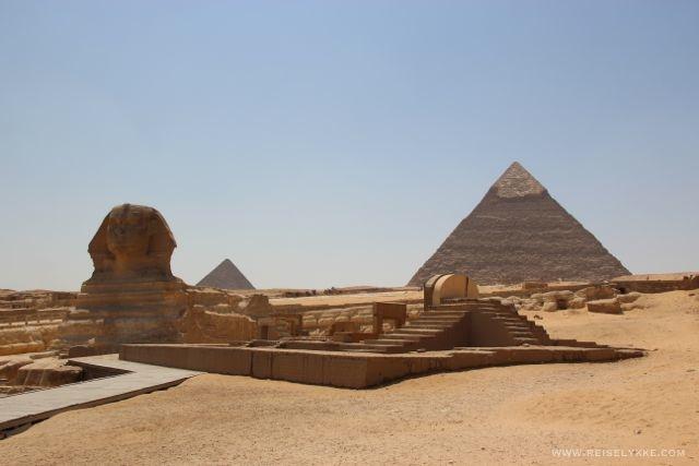 Sfinxen og Keopspyramiden i Giza Foto: Mette S. Fjeldheim