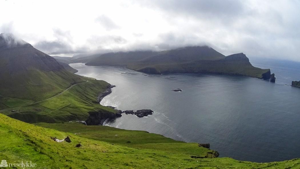 Utsikt mot Sørvágsfjørdur på Færøyene