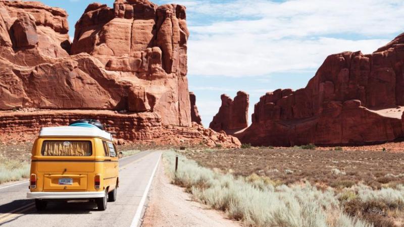 Reisemobil on Tour | Dino Reichmuth | Unsplash