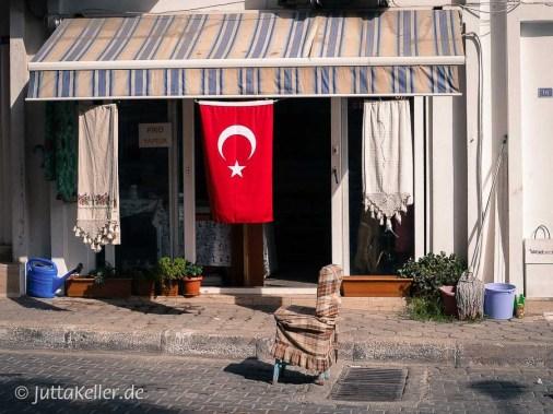 Die Nationalflagge der Türkei mit dem Mondstern.