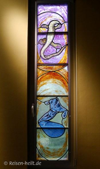 Fenster von Peter Kallfels in der Wegwarte