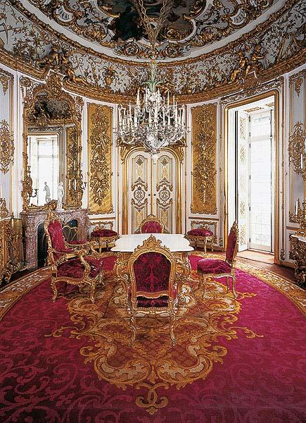 Speisezimmer im Schloss Linderhof © Bayerische Schlösserverwaltung, www.linderhof.de