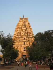 Gopuram des Virupakshatempels