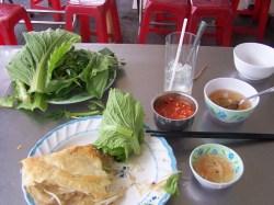 Banh Xeo auf dem Teller