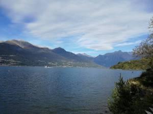 Die Gegend um den Comer See ist geprägt von den Ausläufern der Alpen.