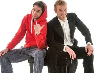 """""""Ass-Dur"""" bieten vielfältige Unterhaltung mit Klavier, Pop-Kultur und jeder Menge Witz."""