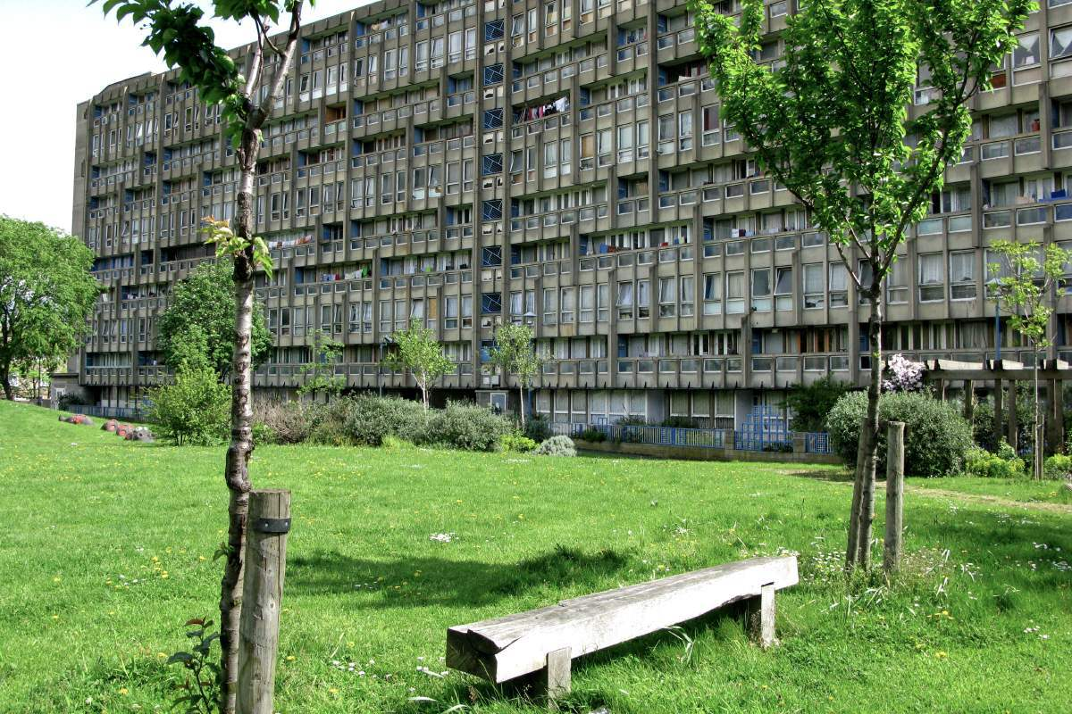 Robin Hood Gardens in Poplar bei London - Designed von Peter & Alison Smithson