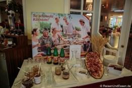 Auswahl an Spezialitäten aus Kärnten beim Frühstück