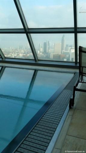 Pool mit Ausblick in Heaven SPA