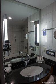 Badezimmer im Radisson Blu Bremen