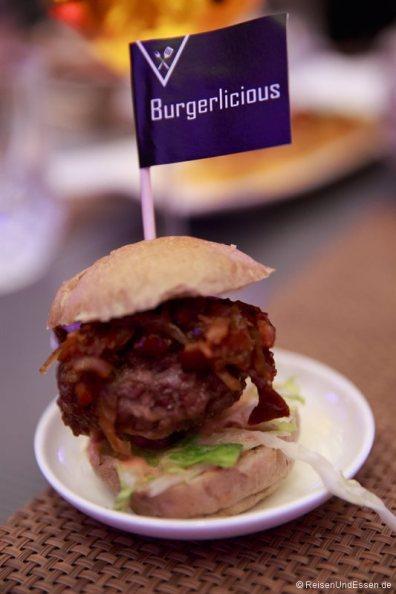 Miniburger in THE L.O.B.B.Y.