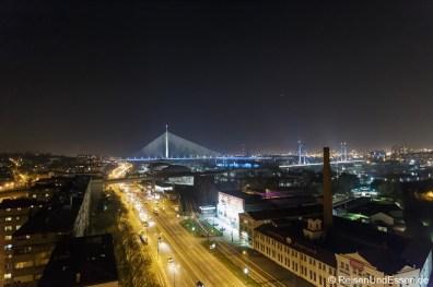 Belgrad bei Nacht