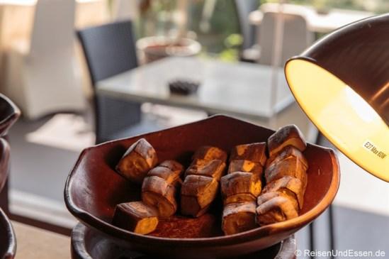 Süßkartoffel beim Frühstück im Hotel Santika Premiere Gubeng Surabaya