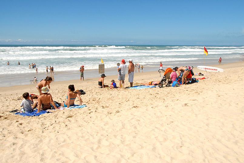 Der Main Beach von Surfers Paradise