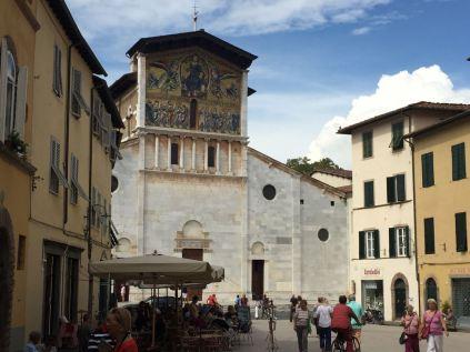 San Frediano mit seinen Mosaik