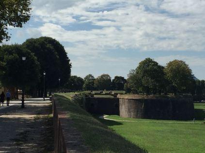Die Stadtmauer mit einer ihrer Bastionen