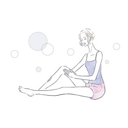 ボディケアをしている女性のイラスト 水彩調 健康 ウエルネス コスメ イラスト 女性 ファッション 広告 web  美容  イラストレーター イラストレーション おしゃれ illustration fashionillustration woman illustrator イラストレーターreism・i(リズム)