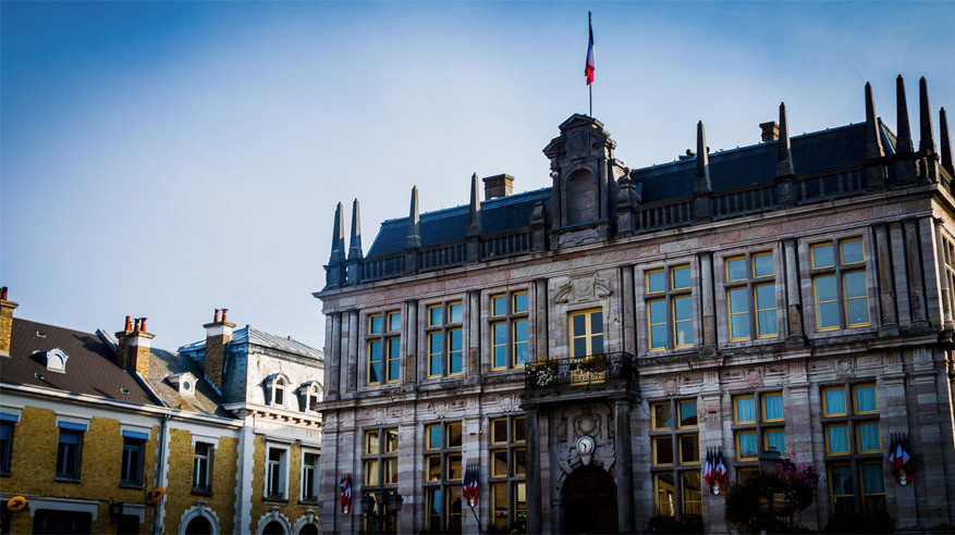 Het stadhuis van Bergues. © Single Step Photography