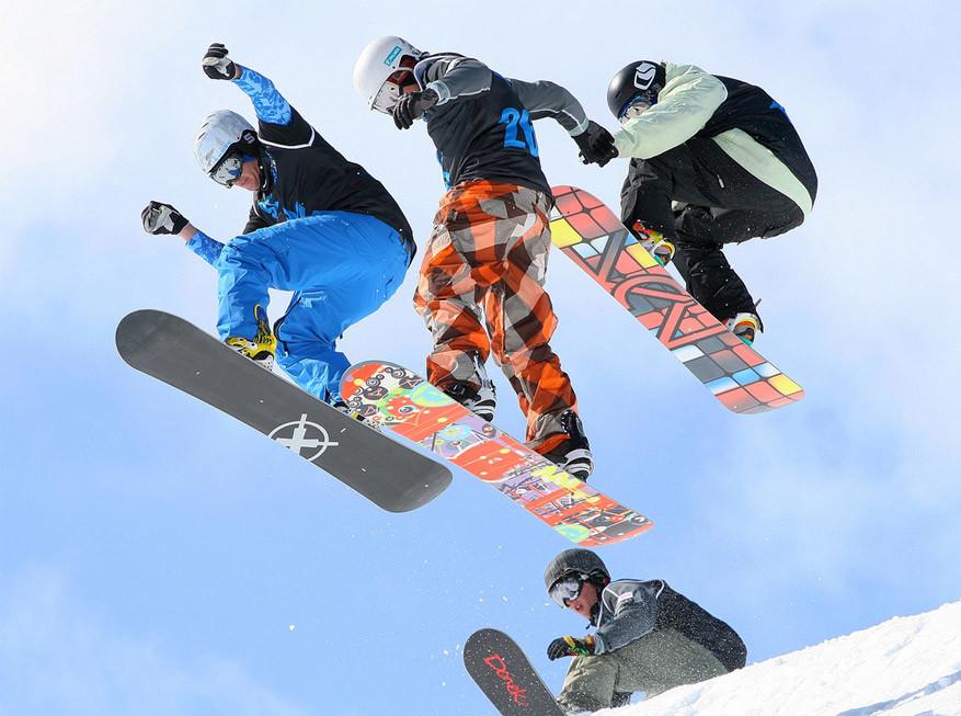 Laax biedt veel uitdagende pistes en freestylezone's aan voor snowboarders. © Bob Bob via Flickr Creative Commons